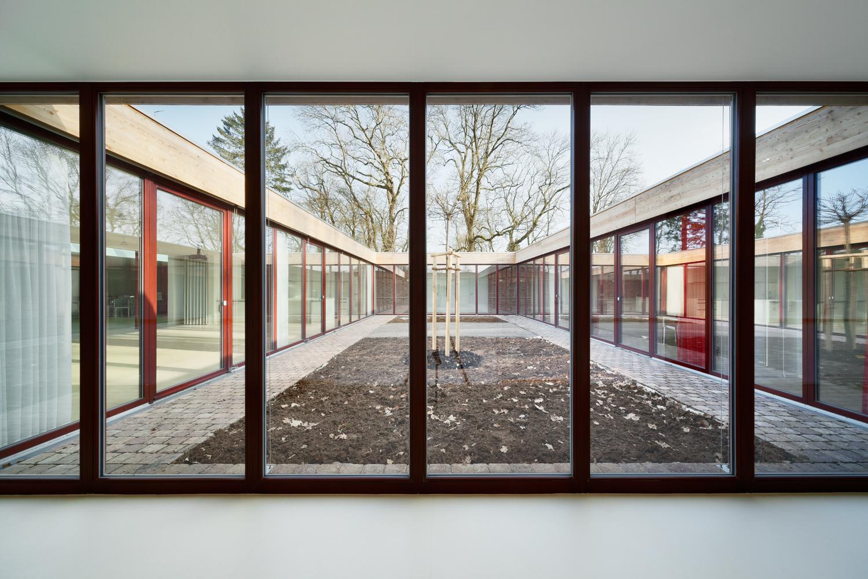 Waechter-Waechter_Haus_im Burggarten_Wohnpflegeheim_Breitenbach_2015