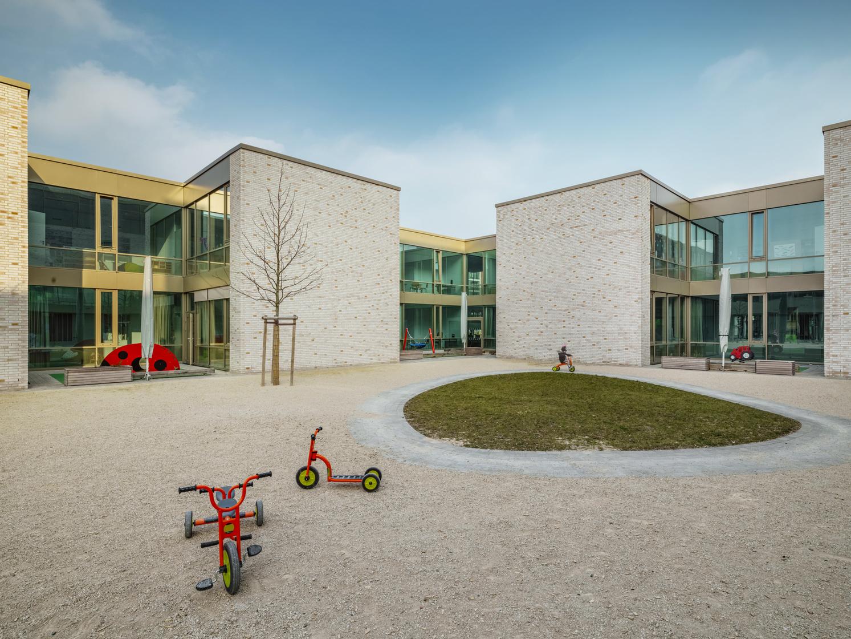 Waechter_Hafenschule_Offenbach_2017