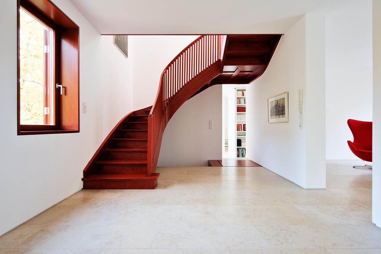 Haus W - Treppe