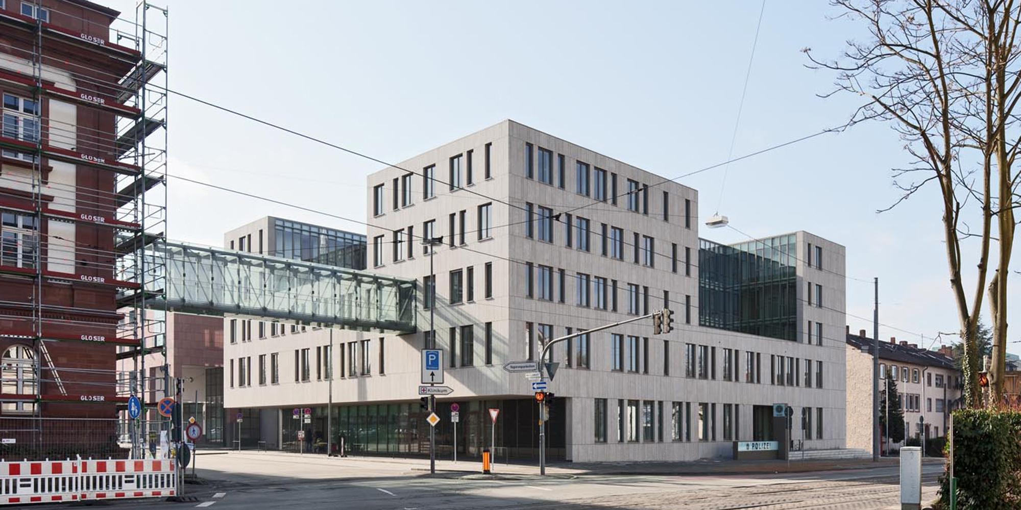 Justizzentrum, Oberlandesgericht und Polizeipräsidium