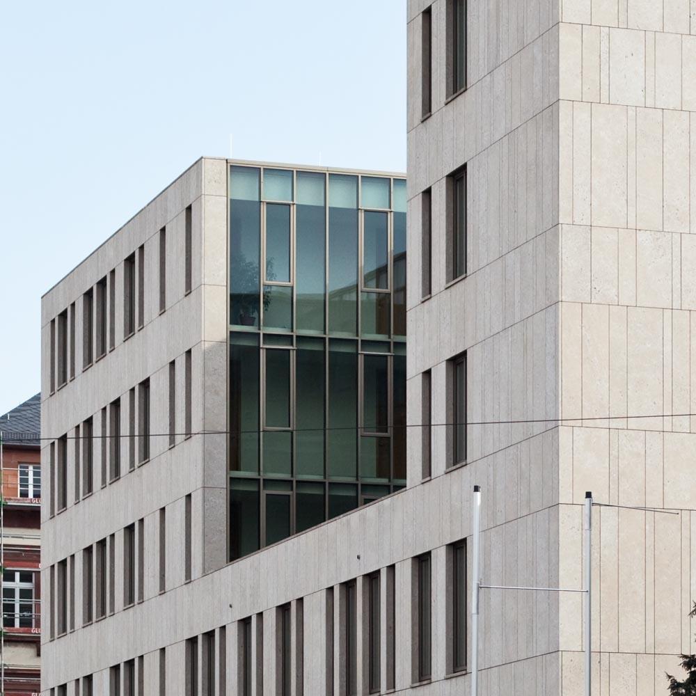 Justizzentrum - Fassade