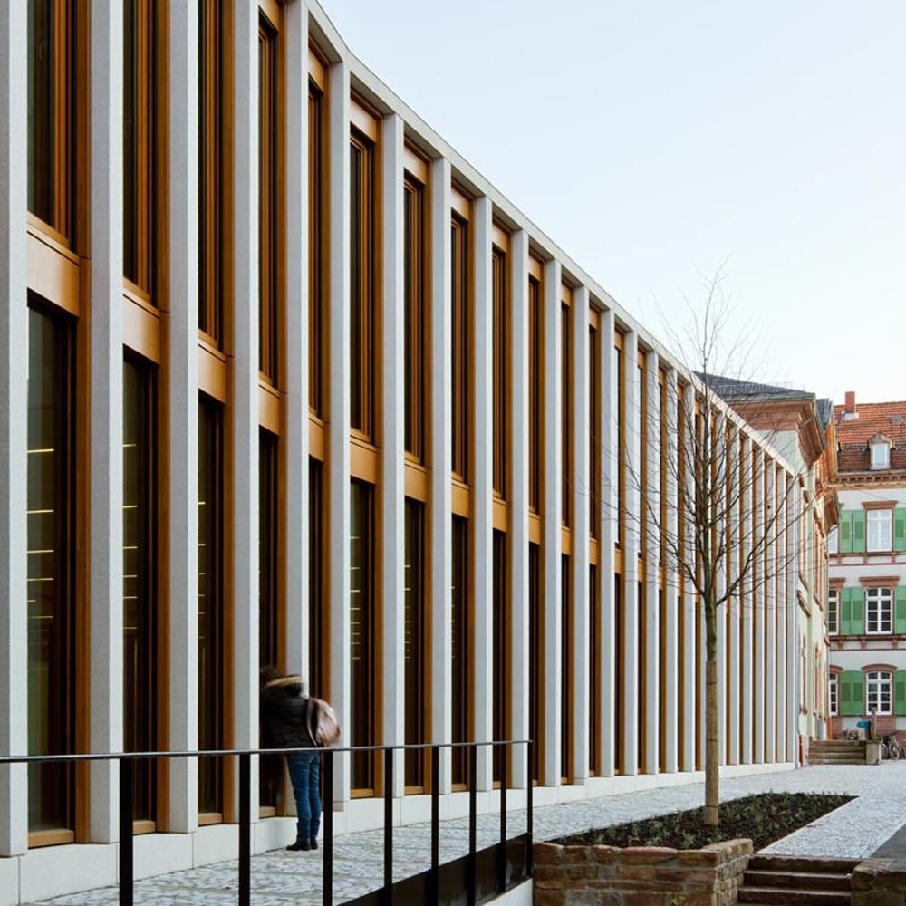Theater und Philharmonisches Orchester I Fassade Werkstatt